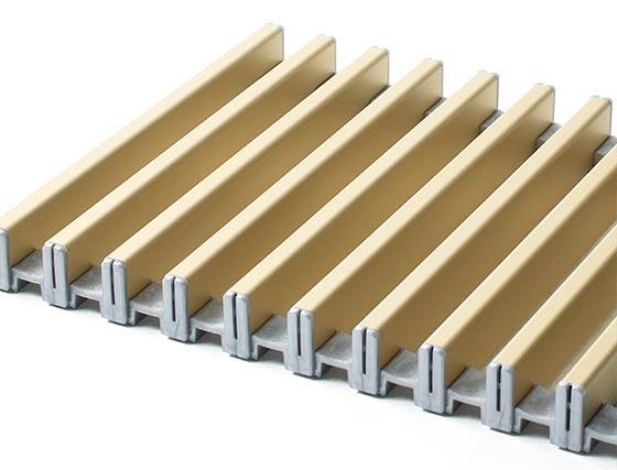 Рулонная алюминиевая решетка золотистого цвета